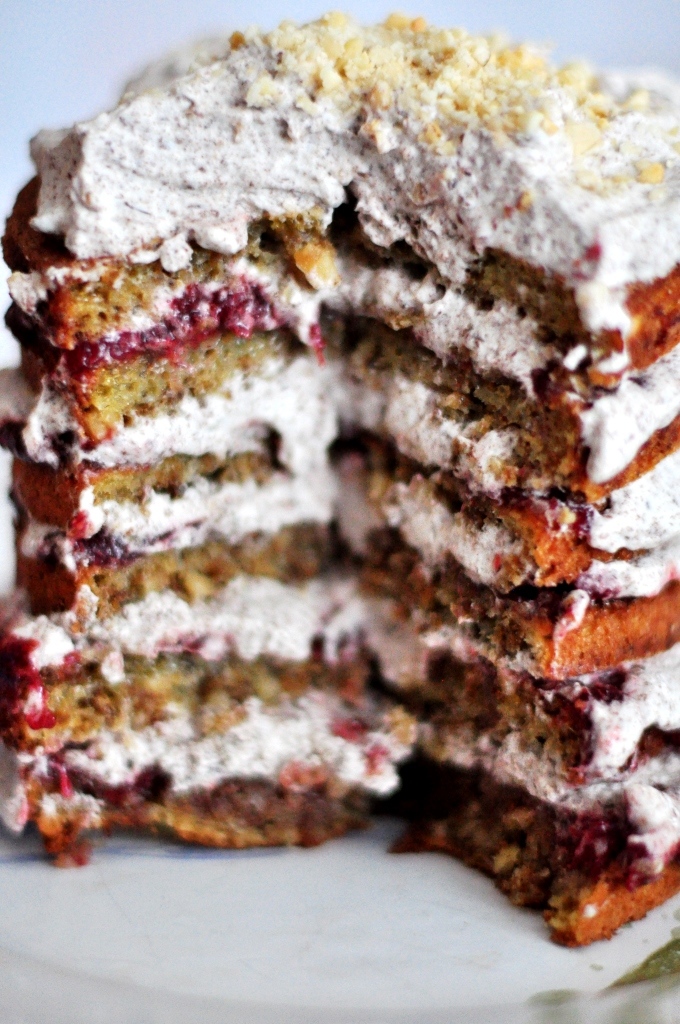 danish layered cake