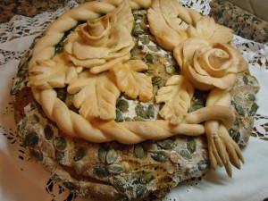pane al farro e semi decorato de gustibus itinera