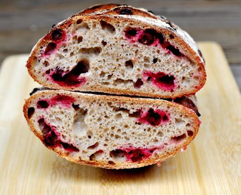 lingonberry rye bread